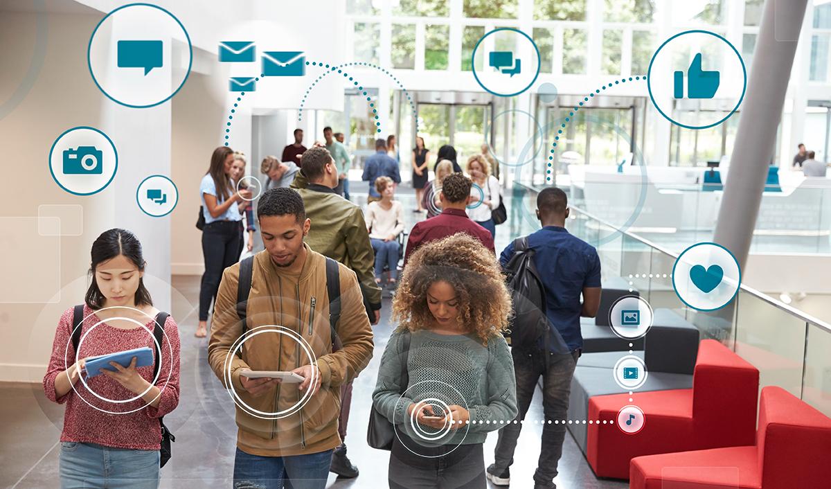 Millennials using social media apps